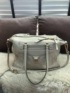 🚚 Louis Vuitton monogram empreinte bag