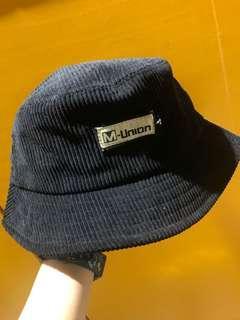 黑色燈芯絨漁夫帽 bucket hat