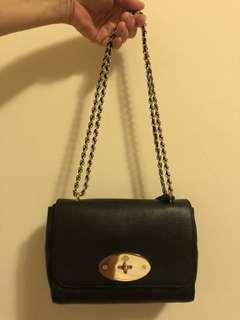 英國老牌子 MULBERRY全新 沒背過 是買給媽媽但她說包太小了