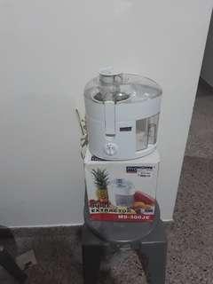 Juice Extractor MS-300JE
