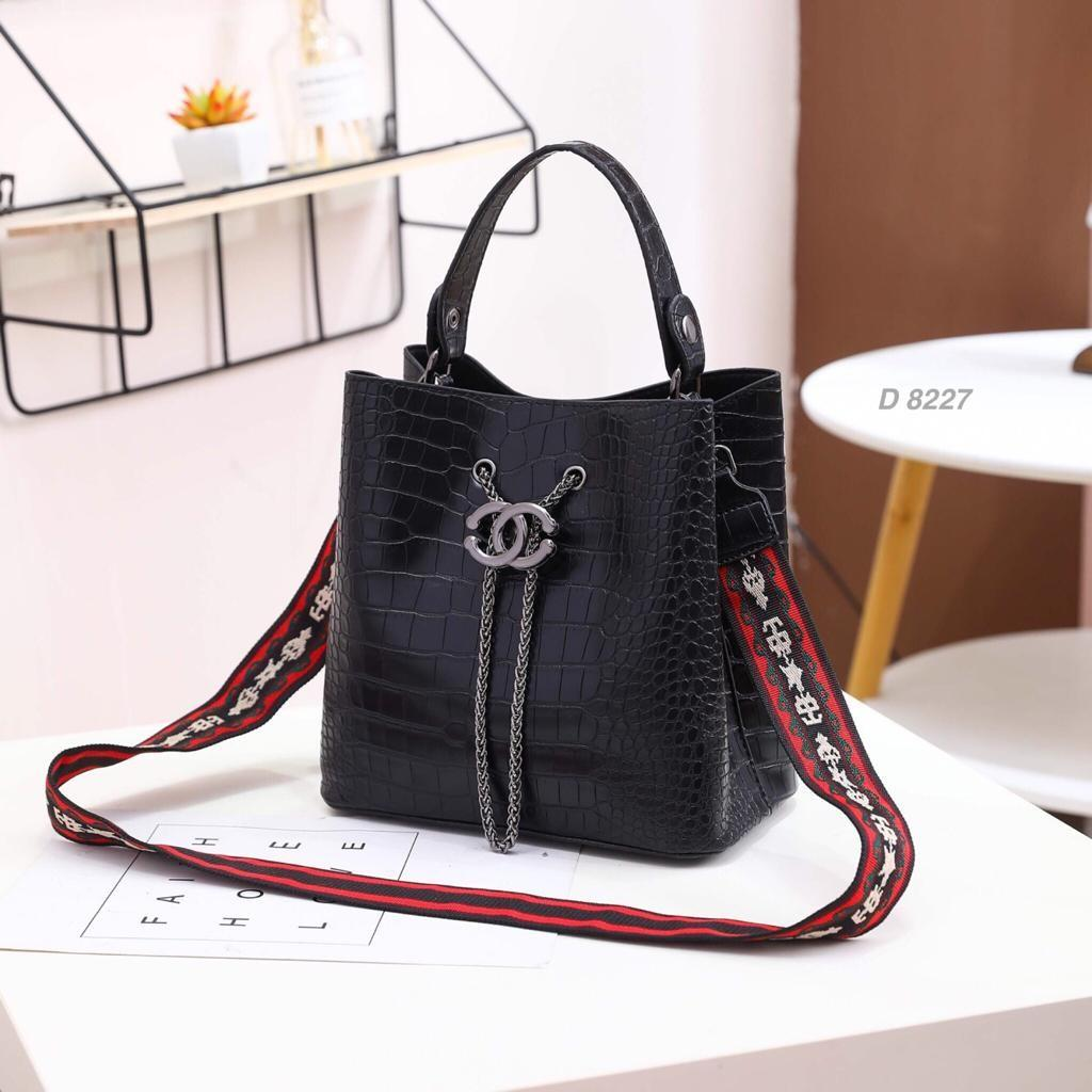 Bag Chanel Serut Croco