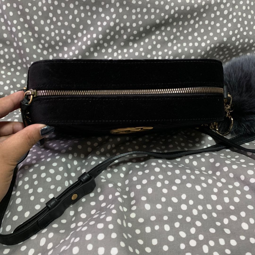 5bc8476100d BN Gucci Marmont Velvet Small Shoulder Bag