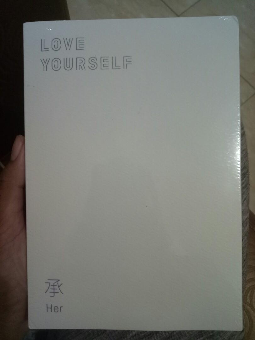 BTS LOVE YOURSELF: HER ALBUM [FREE ONGKIR] E VERSION + 100p PHOTOBOOK + 20P THE NOTE OF THE MOST BEAUTIFUL MOMENT IN LIFE + 1 PHOTOCARD + SPECIAL STICKER