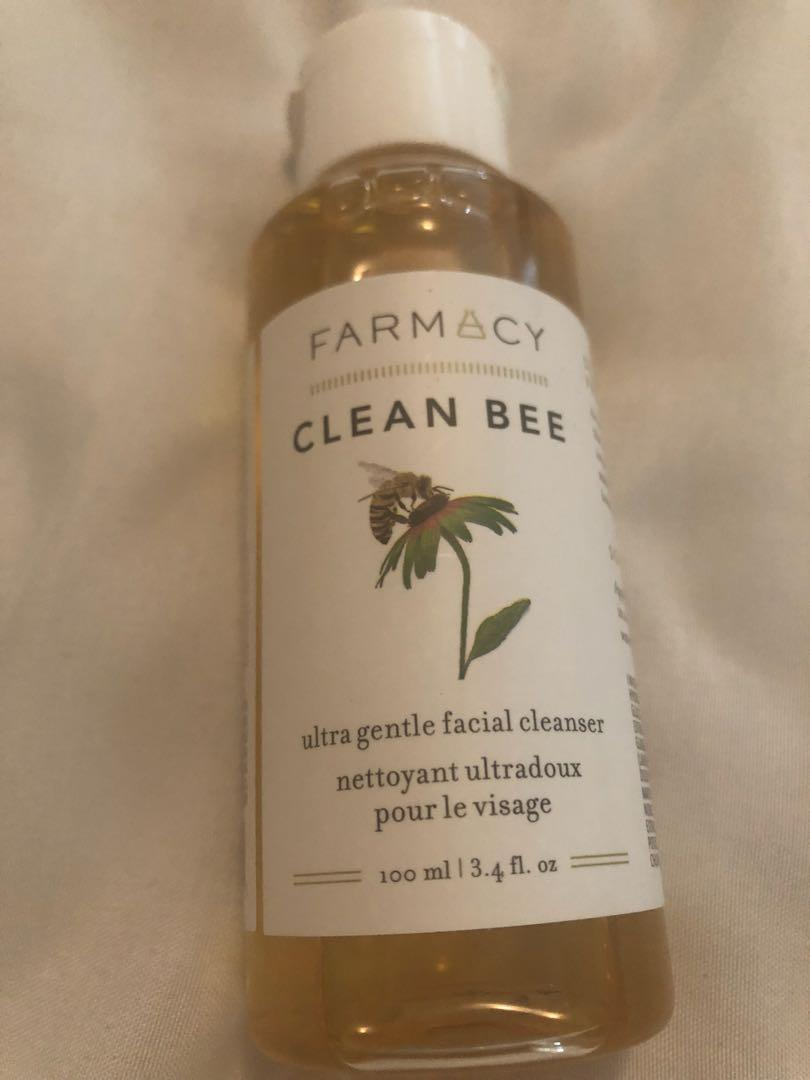 Clean bee face wash
