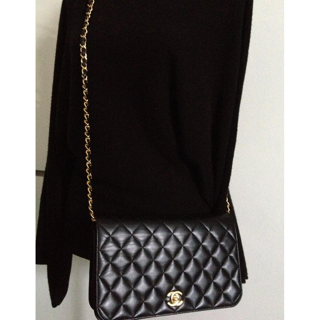 FULL SET CHANEL Black Quilted Lambskin 24K Gold Chain Crossbody Clutch Flap Bag