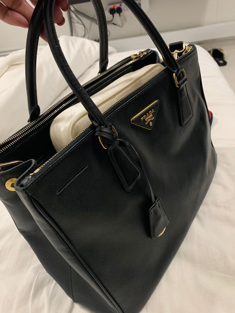 c94020637008f3 Prada sofiano , Luxury, Bags & Wallets, Handbags on Carousell