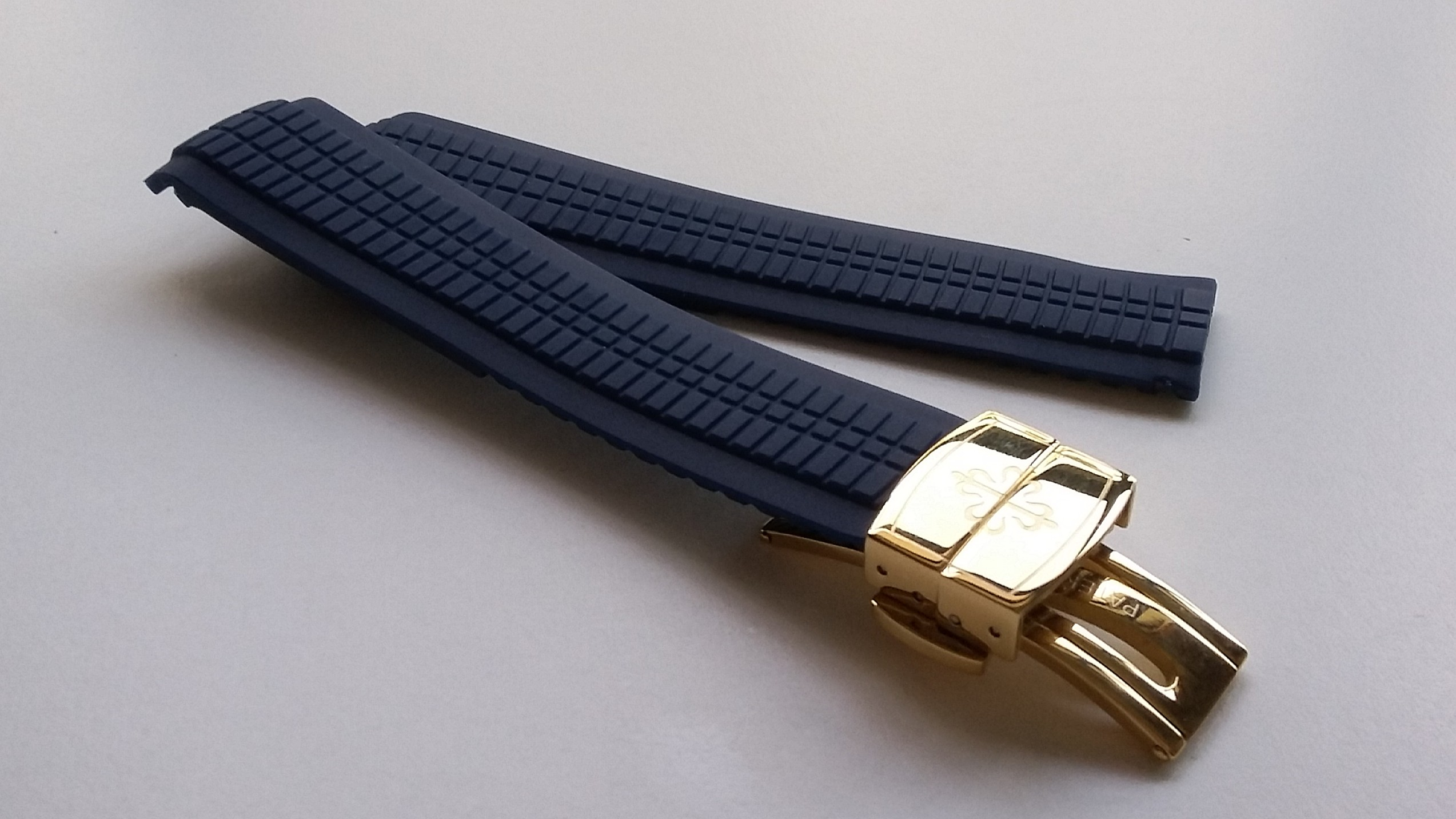 New High Quality Navy Blue Rubber Replacement Strap With Gold Plated