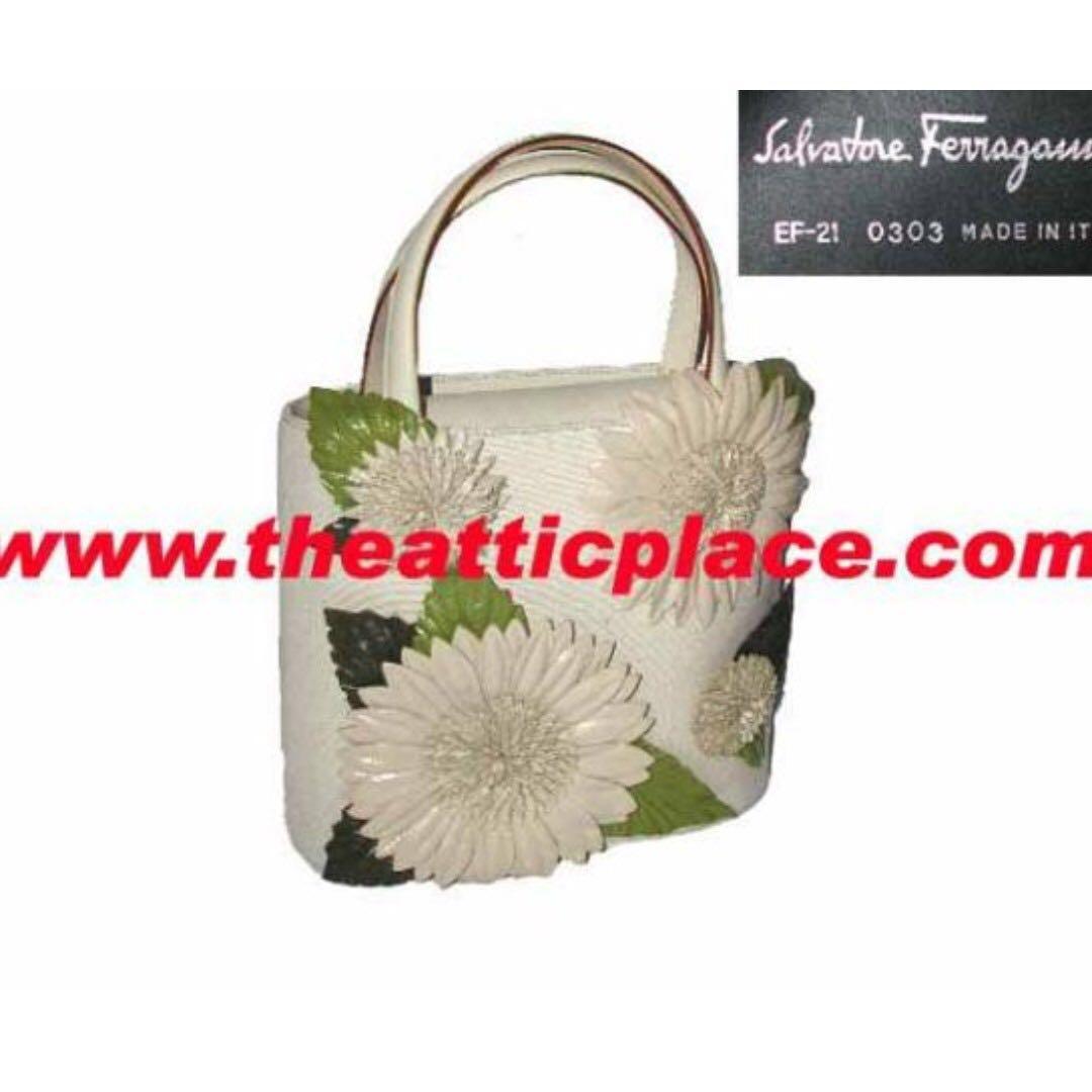 71a17520e9889 Salvatore Ferragamo Beige/ Off White EF-21 Leather/ Canvas sunflower ...