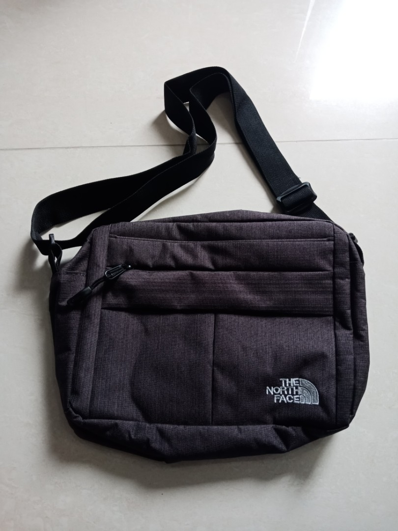 c346e5886 The North Face Sling bag, Men's Fashion, Bags & Wallets, Sling Bags ...