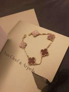🚚 Authentic Van Cleef & Arpels Vintage Alhambra  bracelet