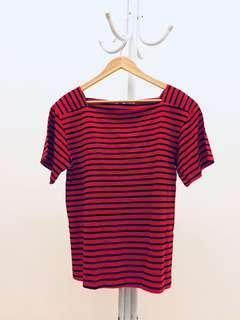 🚚 寬鬆設計款紅黑條紋上衣短T
