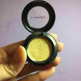 🚚 MAC 金色眼影 gorgeous gold