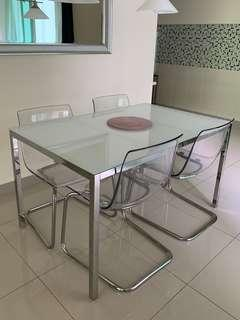 Dining table set include chair