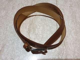 🚚 Coach belt