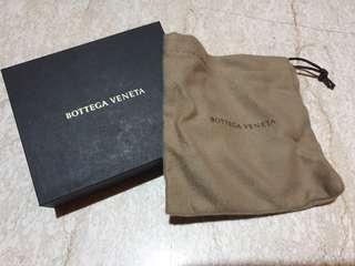🚚 Bottega Veneta box and dust pouch (small)