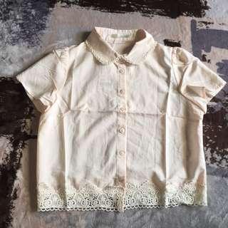 Pazzo淡粉色下襬蕾絲短袖短版襯衫