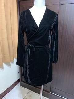 🚚 絨毛洋裝