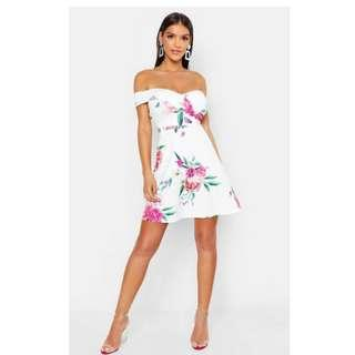 Sweetheart Floral Skater Dress (from boohoo.com) in white, size small/6