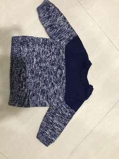 🚚 Like New Old Navy Blue Sweater for Infant