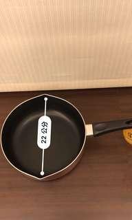 🚚 鍋寶22cm不沾湯鍋