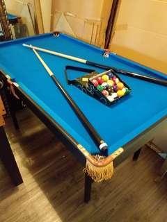 BNIB Foldable Pool Table