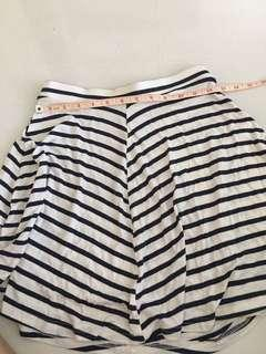 🚚 Striped Shorts