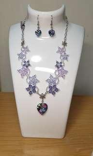 🚚 Swarovski necklace & earring set in purple tones