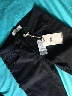 🚚 COTTON ON AUS — Black Slim Fit Jean