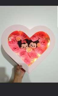 🚚 LED Mickey & Minnie Heart Rose Box Set