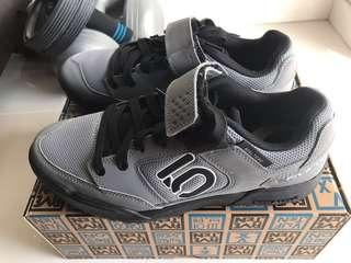 Five Ten MTB Mountain Bike Maltese Falcon Shoes