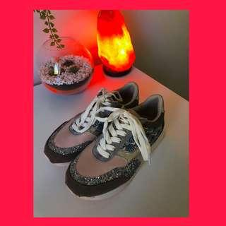 Pavement seashell glitter sneakers
