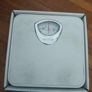 Mechanical Weighing Machine