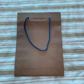 🚚 Louis Vuitton Paper Bag