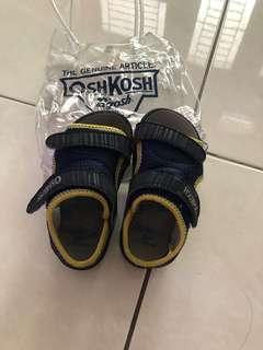 Sandal Oshkosh