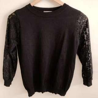 Black knit blouse with long lace sleeves #SnapEndGame