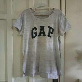 GAP grey Tshirt