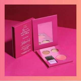 WAWA Makeup Kit