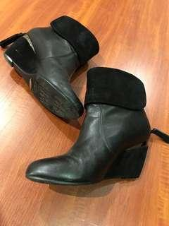 MIDAS ankle boots