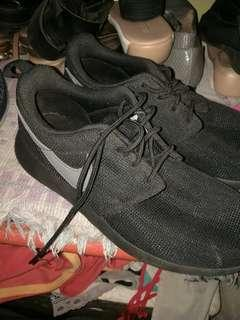 Nike Roshe shoes (for women)