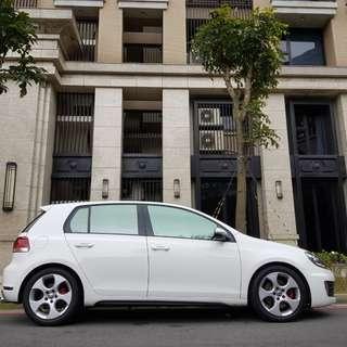 2011年 白色 GTI