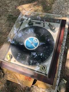 台灣早期 古董級黑膠唱盤 完整Peugeot 未試狀態不明