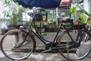Sepeda Onthel Merk Gazelle Seri 9 Holland Istimewa