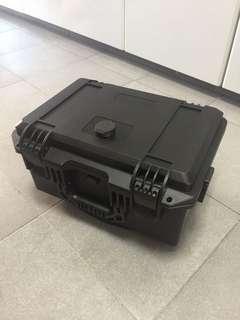 Waterproof topbox