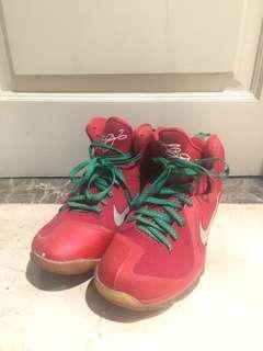 Nike Lebron 9 Christmas Edition size 44.5 ORIGINAL