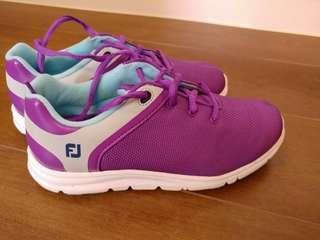FJ Golf shoes for Junior (98% new) Purple color