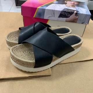達芙妮 daphne 增高厚底造型拖鞋
