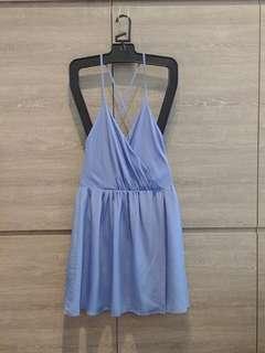 (NEW) 美國品牌Alice and oilivia, 全絲質粉藍色 one piece, size 6, M , 多谷同步