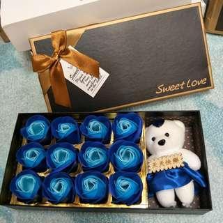 🚚 超可愛的花朵熊/肥皂花