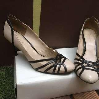 Charles&Keith High Heels uk.37