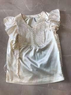 🈹❤️日本製🇯🇵made in Japan 高質靚蕾絲小忌廉荷葉袖淡黃色可愛斯文上衣 Good quality light yellow creamy mami lace sleeves elegant buff cute top